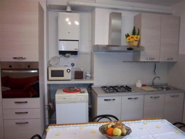 Pioppi  primo piano, cucina attrezzata