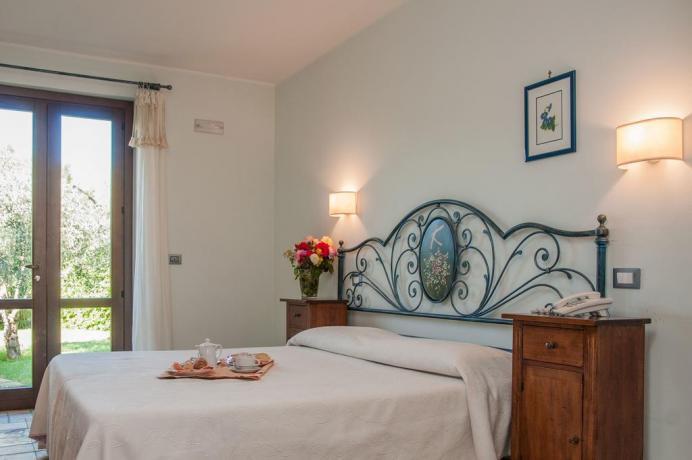 Colazione in camera matrimoniale al Resort in Sicilia