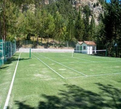 casa vacanza con campo da tennis Marche
