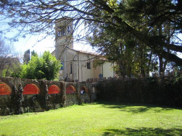 Chiesa a Rivignano, in Friuli-Venezia Giulia