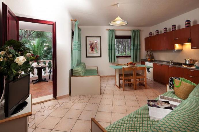Soggiorno, Cucina, Veranda Appartamento Villa Sa Prama Orosei