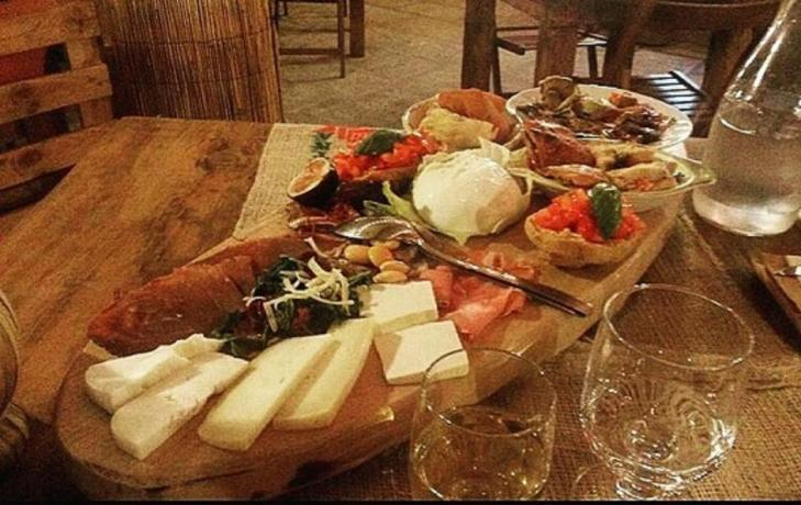 Hotel con ristorante con piatti locali in Salento