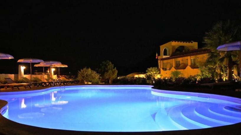 Hotel Isole Eolie con piscina esterna