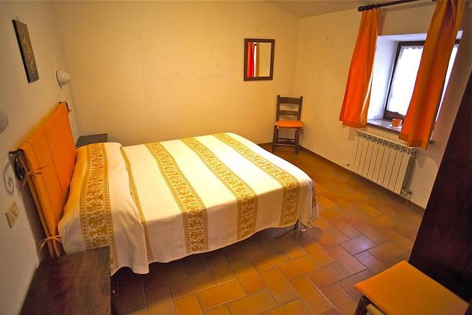 Camera Matrimoniale vicino Assisi e Spello