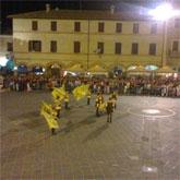 Giochi in piazza a Montefalco