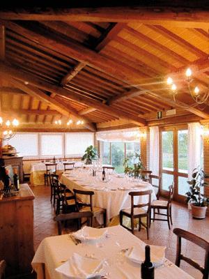 Hotel a Pozzuolo con ristorante interno cucina tipica
