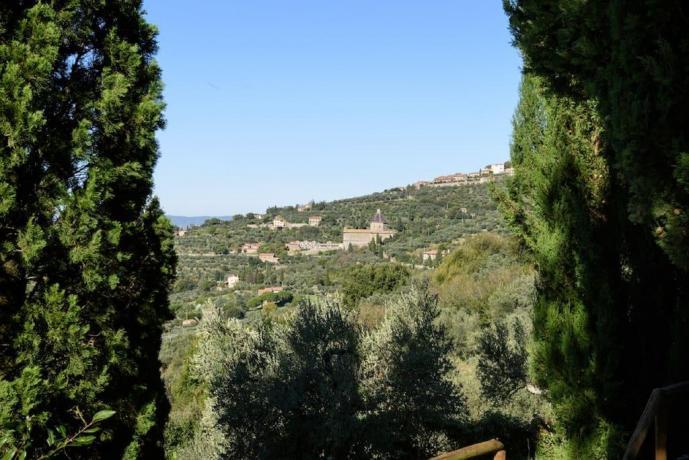 Villa a Cortona immersa nel verde