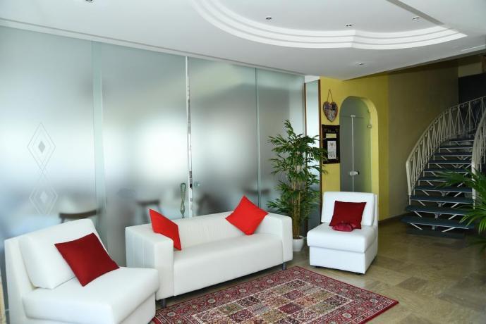 Hall Hotel a Misano