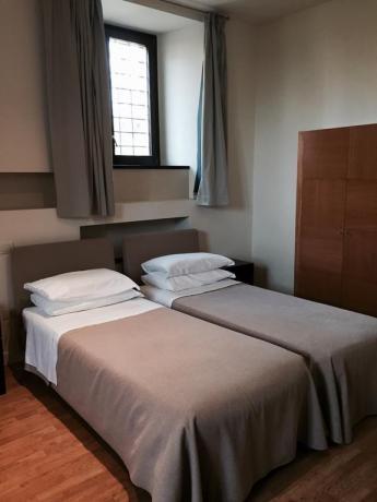 Appartamento bilocale con due letti singoli a Foligno