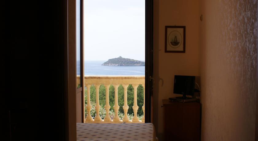 Camere vista isola Cirella a Diamante