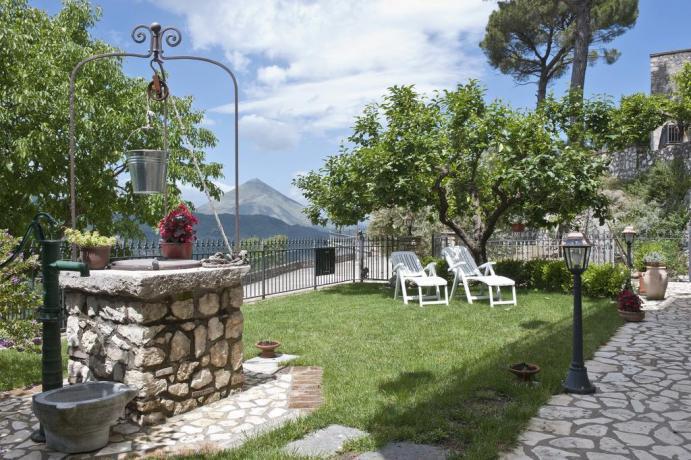 Appartamento in B&B Gaeta con giardino solarium
