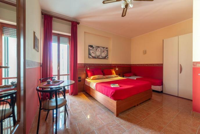 Camera matrimoniale con balcone panoramico B&B Lecce