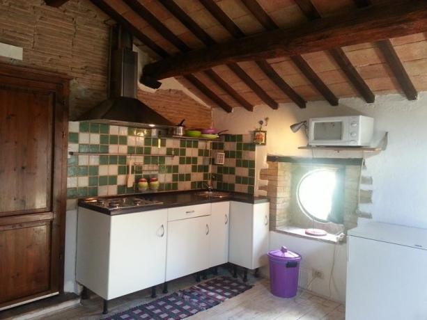 Agriturismo con appartamenti-indipendenti con cucina a Umbertide