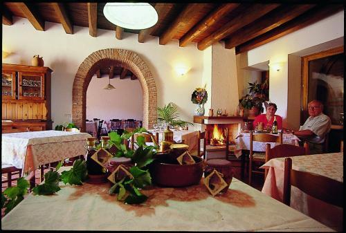 Agriturismo con Ristorante-San Mauro