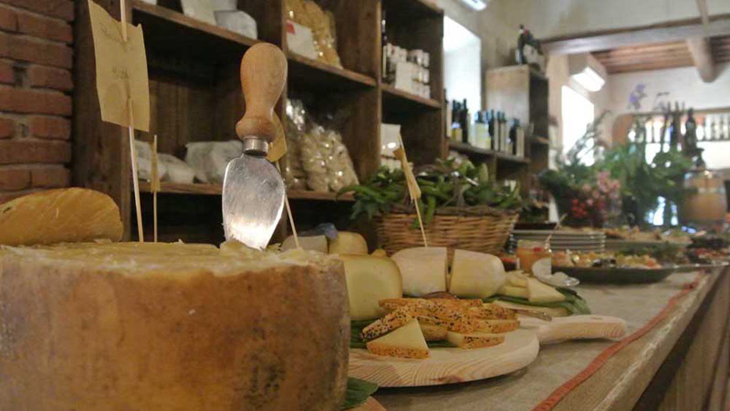 Ristorante, cucina tipica, buffet, toscana appartamenti vacanza