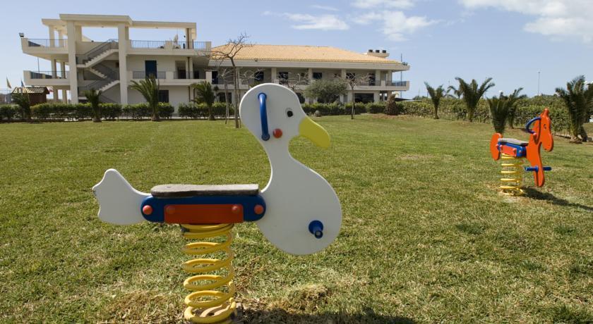 Villaggio con Parco giochi Miniclub vicino Ragusa
