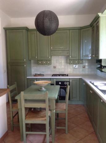 Casale a Collelungo vicino Todi con cucina attrezzata
