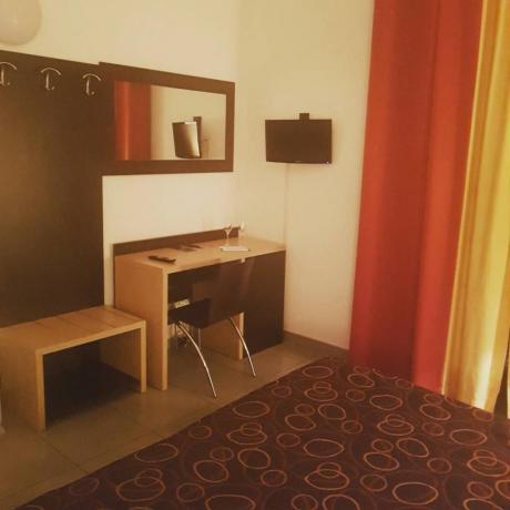 Camera Matrimoniale in hotel a Polla 3 stelle