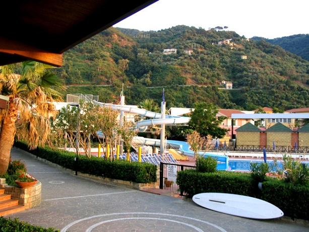 Villaggio con sala congressi 400 posti