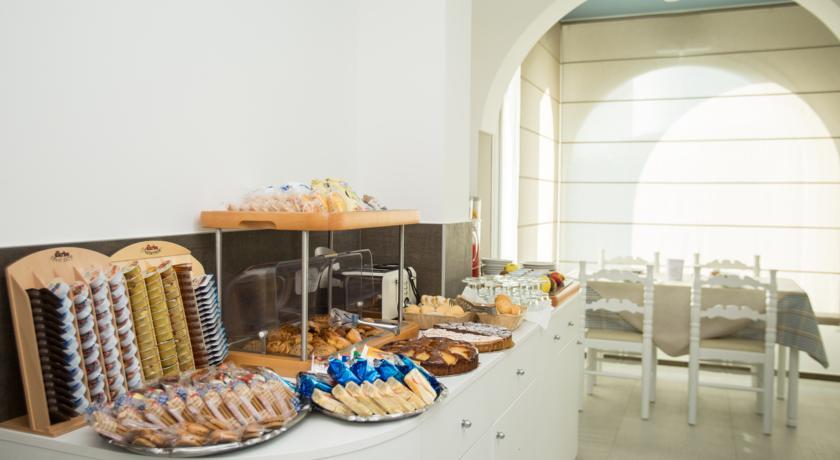 Ricca colazione a buffet