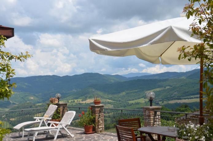 Terrazzo Hotel con vista colli Umbri