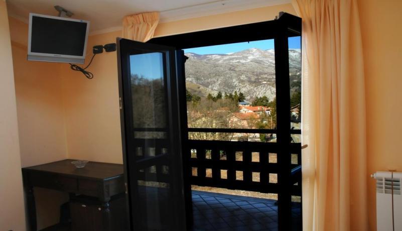 TV camera con terrazzo hotel Alfedena vicino Roccaraso