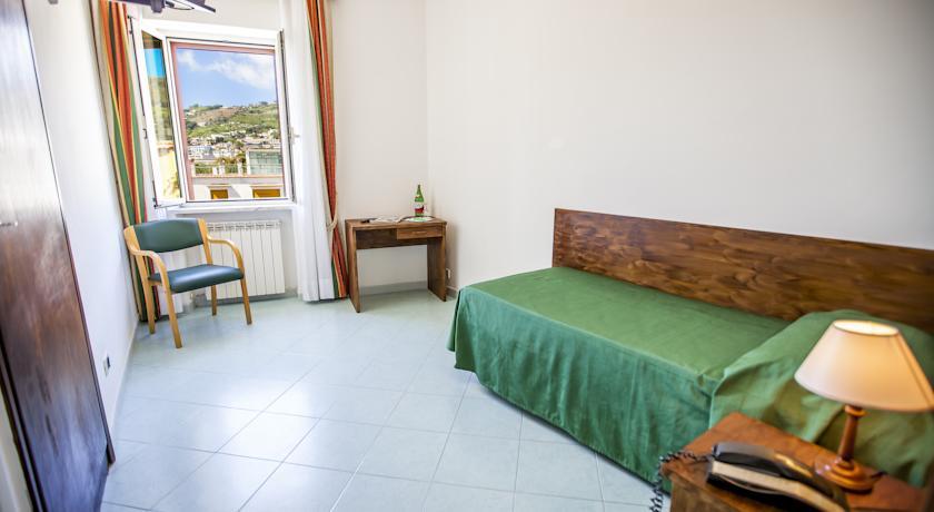 Camera singola dell'Hotel Porto di Ischia