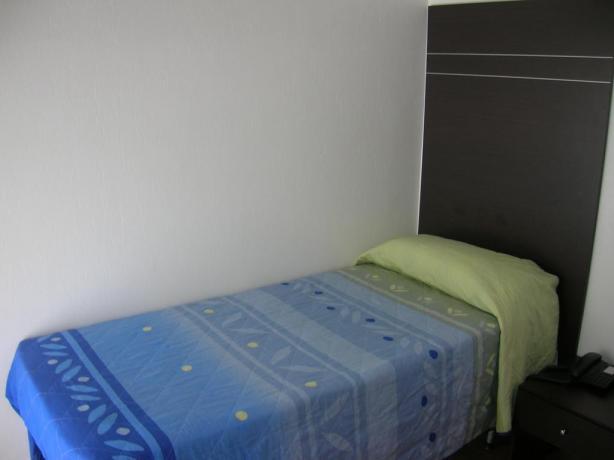Camera singola in Hotel vicino al Mare Senigallia