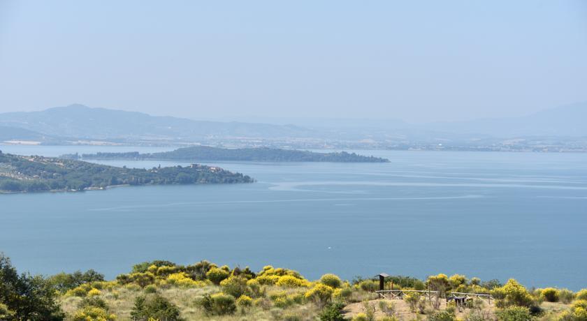 Bellissima vista panoramica Lago Trasimeno