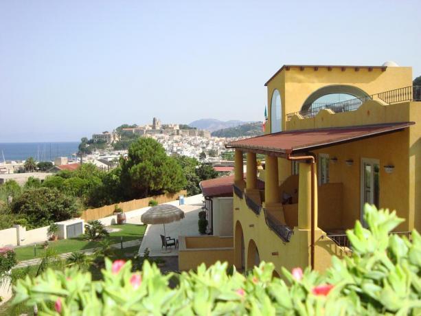 Hotel 4 stelle con vista panoramica Lipari