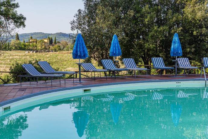 Piscina panoramica Romantic Resort vicino Arezzo