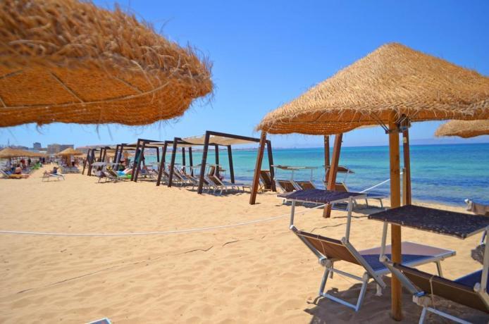 Hotel 4 stelle con Spiaggia Attrezzata a Trapani