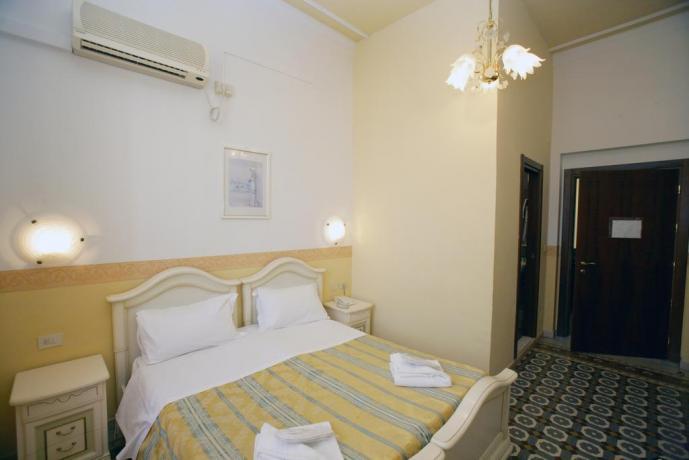 Eleganti Camere Firenze centro per soggiorni Business