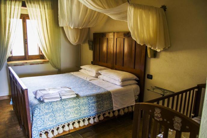 Camera Matrimoniale Cani da Caccia Borgo Antico
