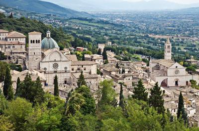 Assisi vicino appartamenti per 2+2 persone