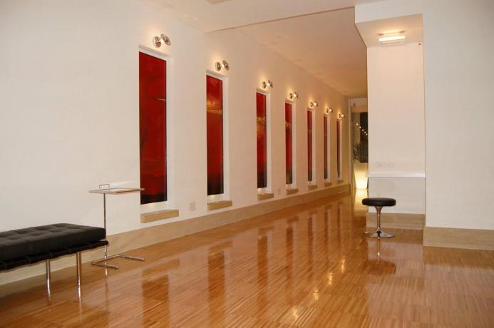 Hotel con arredi moderni nel Lazio a Fondi