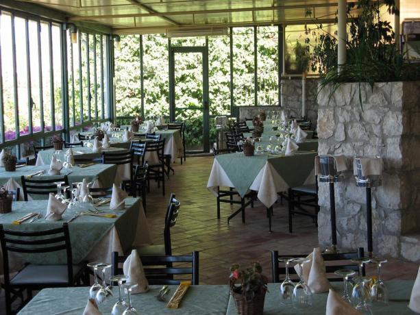 Hotel con Ristorante tipico siciliano-Trapani