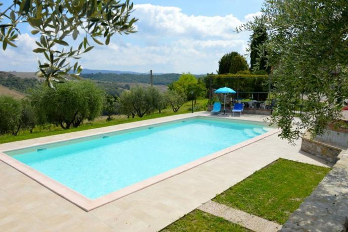 Piscina Panoramica in casale indipendente a Orvieto