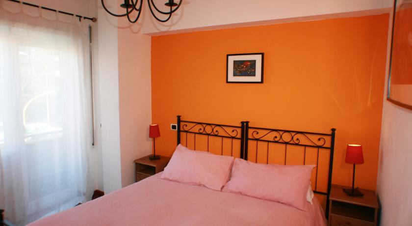 Camera Matrimoniale con balcone in affittacamere nel Lazio
