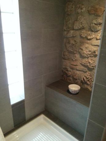 B&B Massa Martana bagno con doccia in camera