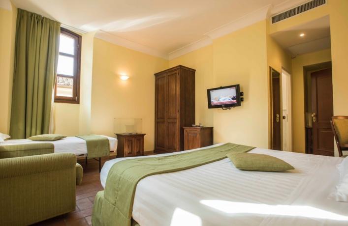 Camera familiare a Verucchio in hotel4stelle
