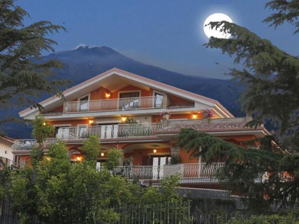 Casa Vacanze sull'Etna ideale per coppie, famiglie, gruppi