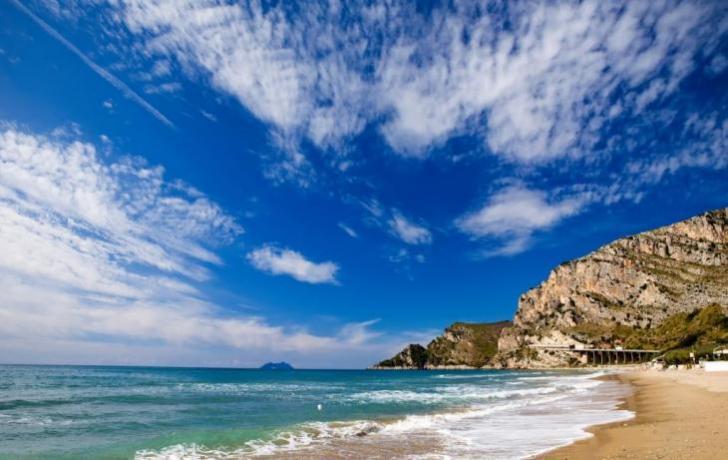 Hotel sulla Spiaggia di Baia Domizia