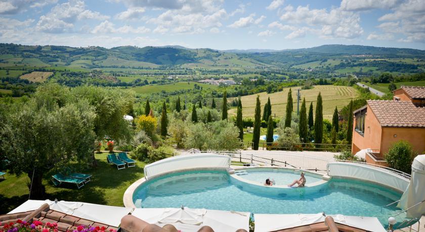 hotel-piscina-termale-vicino-terme-saturnia-pacchettibenessere