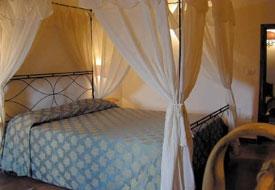 Camere Con Letto A Baldacchino : Camere con letto a baldacchino toscana b b bed breakfast a