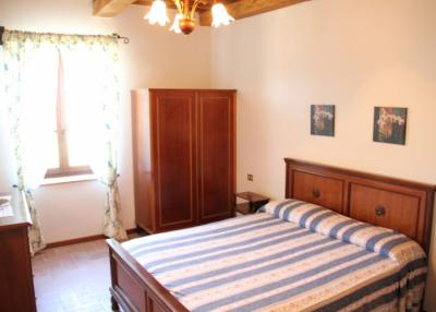 Appartamento Moraiolo camera matrimoniale