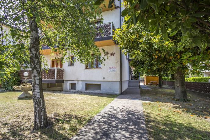 Appartamenti con Giardino e Parcheggio Lignano Sabbiadoro