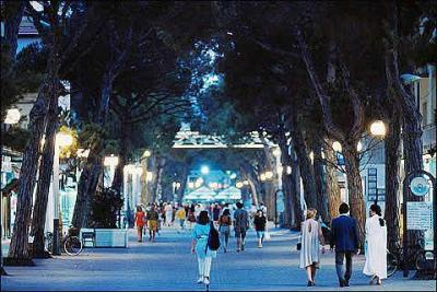 Low Cost Hotels in the Center of Riccione