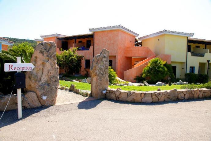 Ingresso Residence Appartamenti Vacanza con Piscina