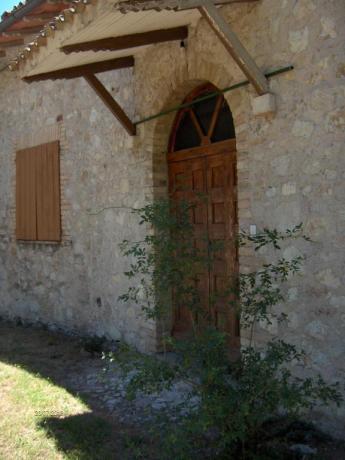 Casa tipica umbra mobili antichi per 6 persone